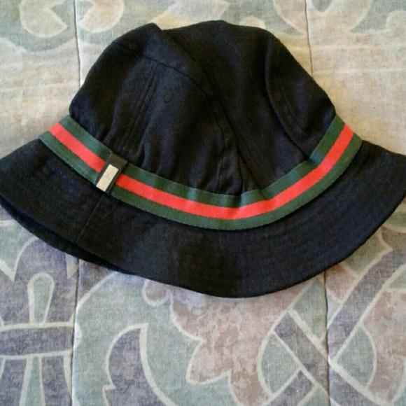 a4af1bceae8 Gucci Other - Men s Gucci bucket hat